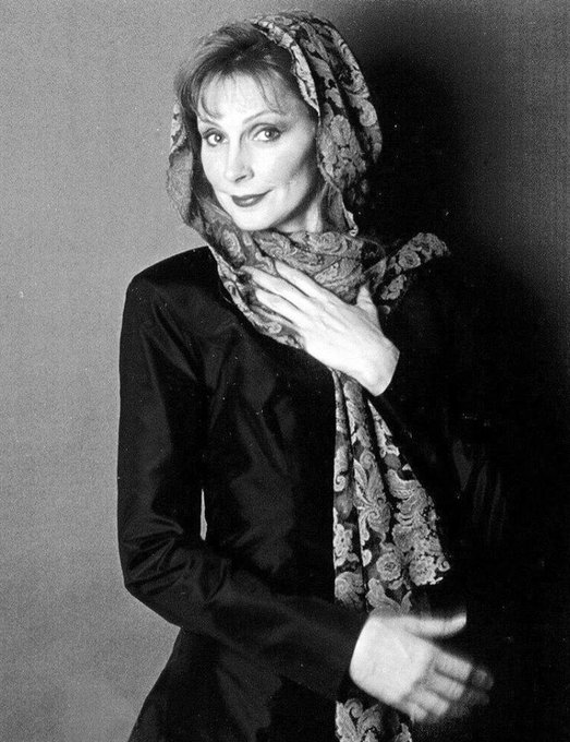 Happy Birthday to Gates McFadden who turns 70 today!