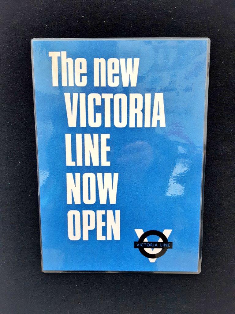 D0vDSBlWwAIMU7w - The Victoria Line's really big 50th birthday! #2