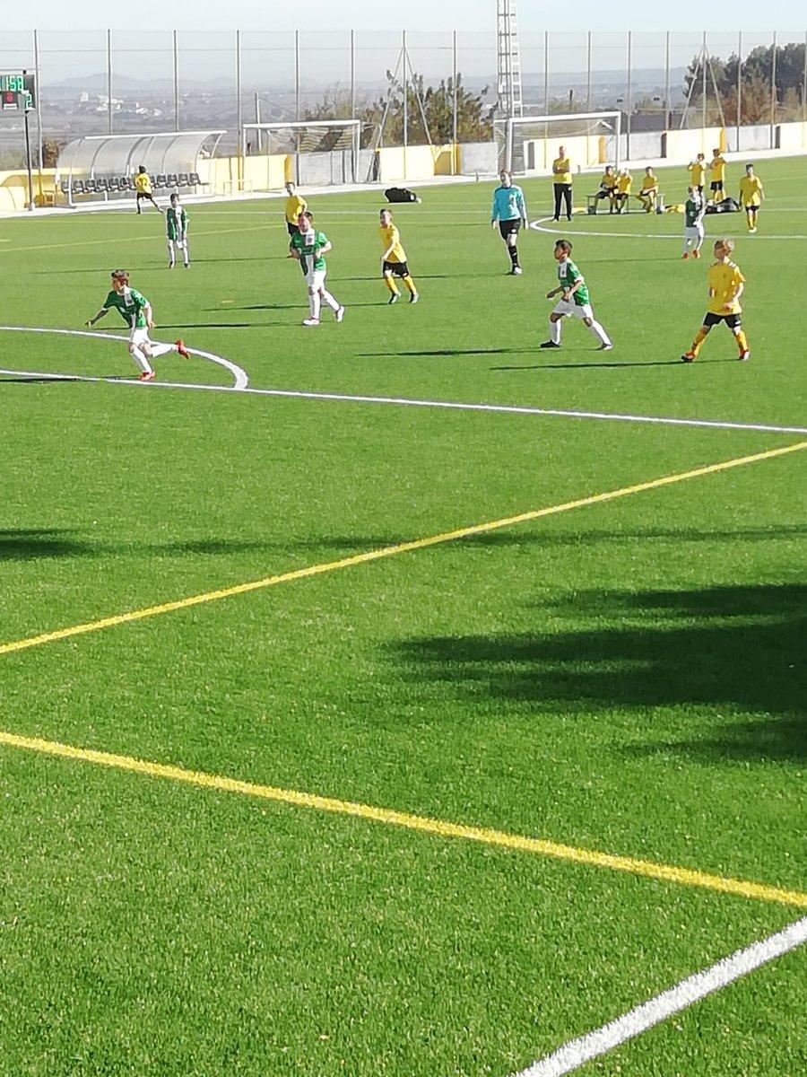 Liga CF Vilafamés #resultadoscfv  ⚽️Primer Equipo 1-4 Torreblanca ⚽️Les Palmes 4-1 Veteranos ⚽️Infantil 3-2 Oropesa ⚽️ United Vinaroz 4-1 Alevín  ⚽️Benjamín 0-4 Moró  #amuntvilafamés #cfvilafamés #ligacfv