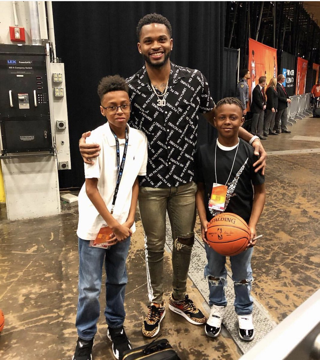 These 2 Young Men won The Sportsmanship award at my camp last summer.. So they got a free trip to come see Me and Lebron play here in Phoenix.. Congrats guys.. glad you had a good time..!! #VA #DreamBig #Blessed
