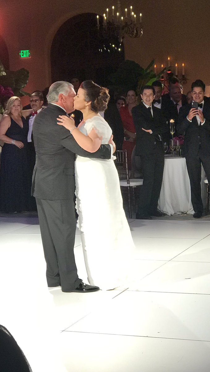 Ana Navarro Wedding.الوسم Navarrocardenasatlast على تويتر