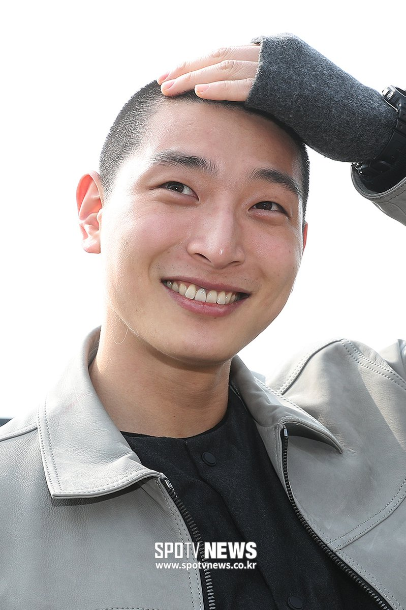 #2AM's #Jinwoon has also reported for duty! We wish him safety and luck as he serves in the military.