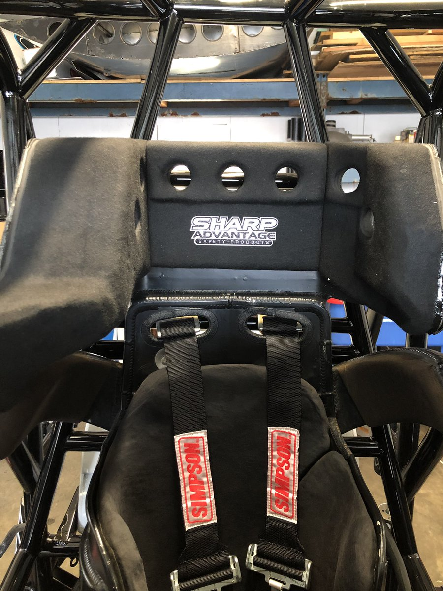Fresh @Sharp_Advantage head rest for this season. Dave always does a clean job!