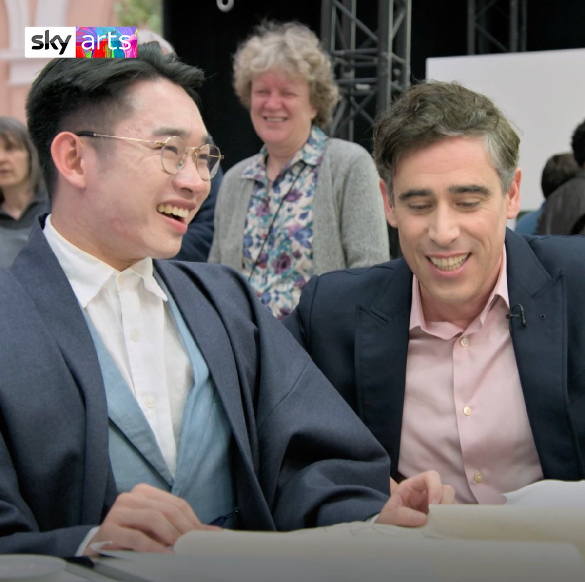 On tonight's #PortraitArtistOfTheYear @StephenMangan misshears one of the contestants - it was definitely 'holes' Stephen - 😂. And the three sitters, @AdrianLester, @thenitinsawhney and @SophieEB are wowed by our nine artists 🎨