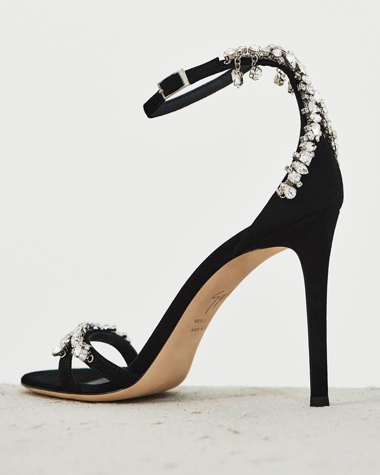8f1535bfbe7 Set on a stiletto heel and...  https   shoespost.com giuseppe-zanotti-design-lynette   …pic.twitter.com TP2REcR79P