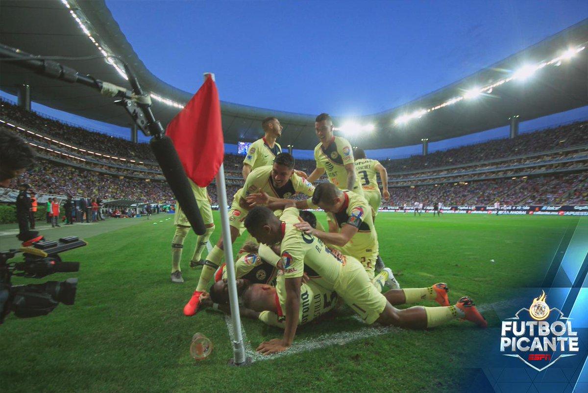 Futbol Picante's photo on #ClasicoNacional