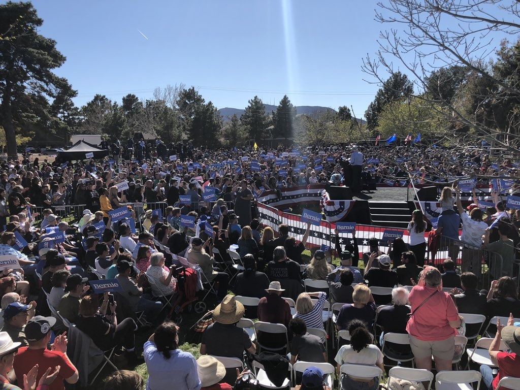 Always nice to hang out with a few thousand friends and @BernieSanders in Henderson, NV https://t.co/B5jGr8Fx6N