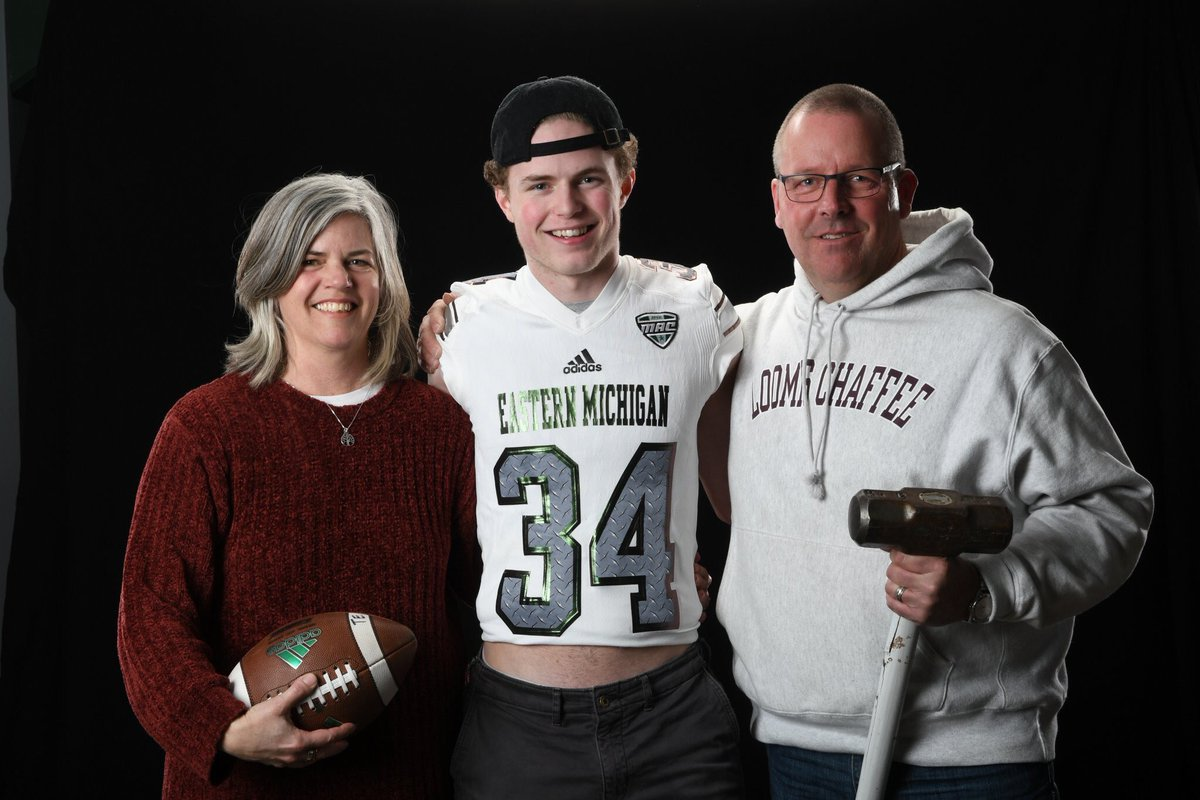 Thank you to @EMUFB for having me and my parents down on a visit today. Thank you to @Coach_Collett and @WRcoachPaige for showing me around and taking the time to share what Eastern Michigan is about. Excited to see what the future holds. #thefactory