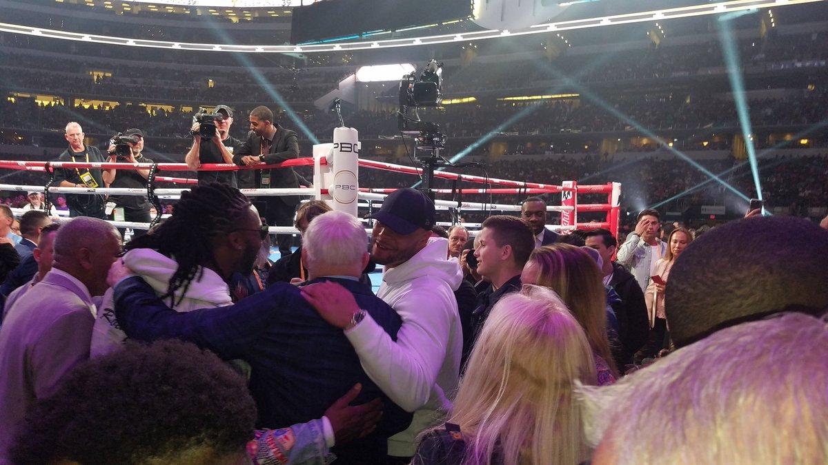 Dak Prescott, Jerry Jones and Jaylon Smith ringside #SpenceGarcia https://t.co/aoU4IdK1E0