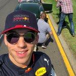 Back on the grid grins 😃 Those sunshine smiles down under 🇦🇺 #AusGP