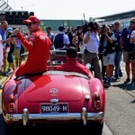 Into the Drivers' parade ☀️ #Seb5 #Charles16 #essereFerrari #AusGP