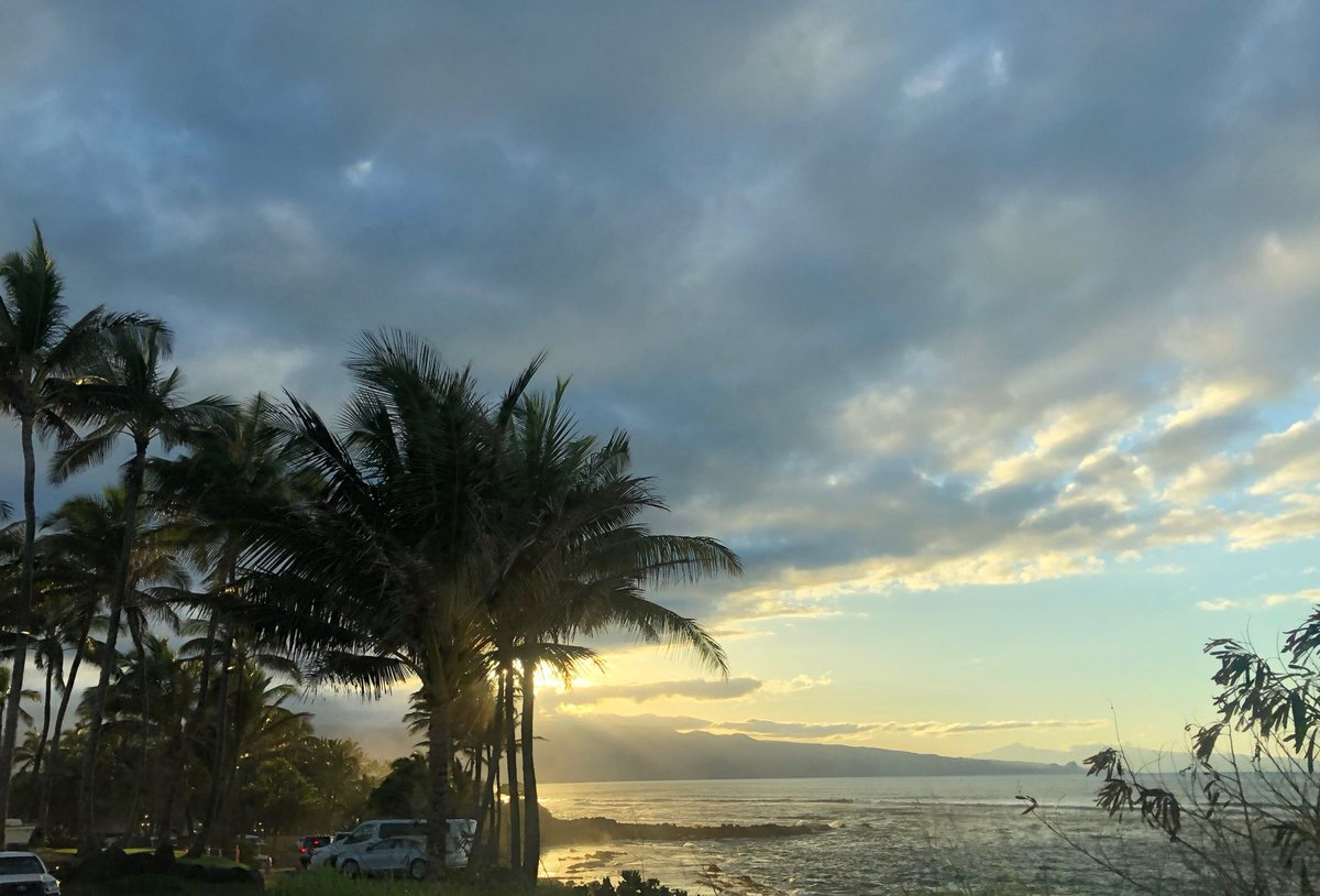 test Twitter Media - North shore getting overcast, still warm. #cmweather #maui #northshore #sunset https://t.co/Xby1yMLTAJ
