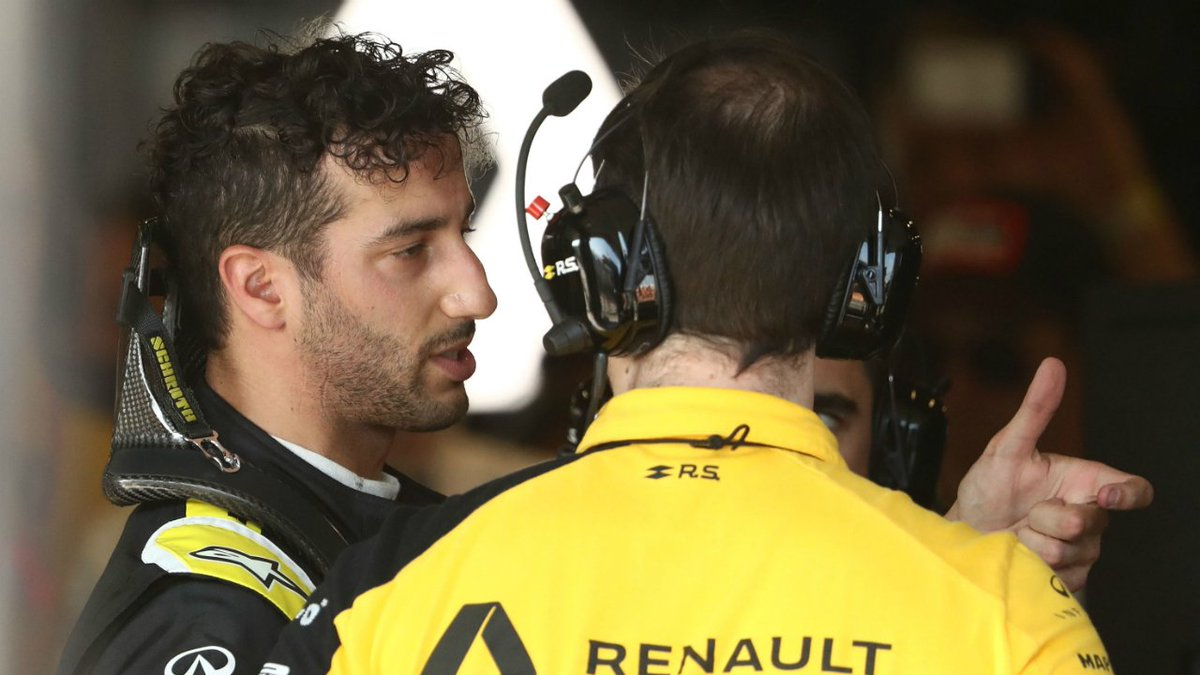 Race Villages's photo on Ricciardo
