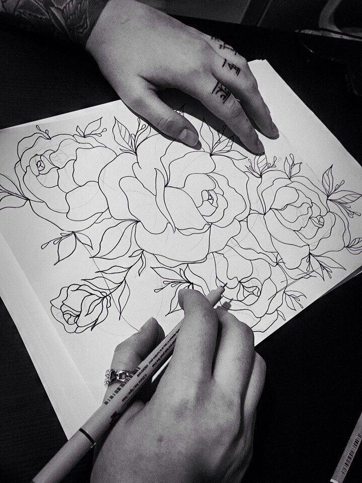 #tattoo#art#tattooartist#tattooer#sketch#blackbrutal#dotwork#blackwork#brutaltattoo#brutal#tattooinmoscow#tattooinhome#hometattoo#minimalism#linework#printerest#тату#татувмоскве#домашняятатуировка#татумастер  Творим на ночь) 4:24 pic.twitter.com/wdHamvUZK8