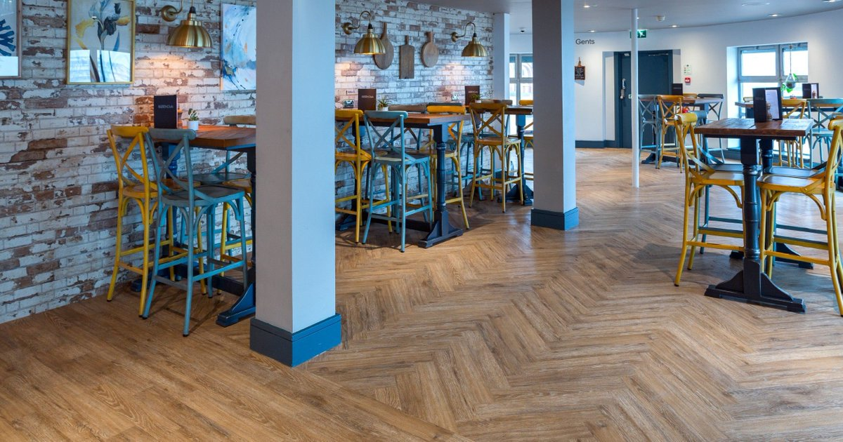 Another beautiful shot of our Pure Oyster Herringbone installed at the iconic Brighton Beach Club. ⠀ Credit: The City Pub Group ⠀ Designer Credits to: Pembrook Design Ltd & Bella Derrick Interiors⠀ ⠀ #btnbeachclub #lvt #interiordesign #design #furniture #homedecor