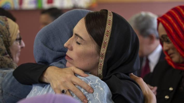 This world need more leader like her.. #NewZealandTerroristAttack <br>http://pic.twitter.com/yccYoTlQRz