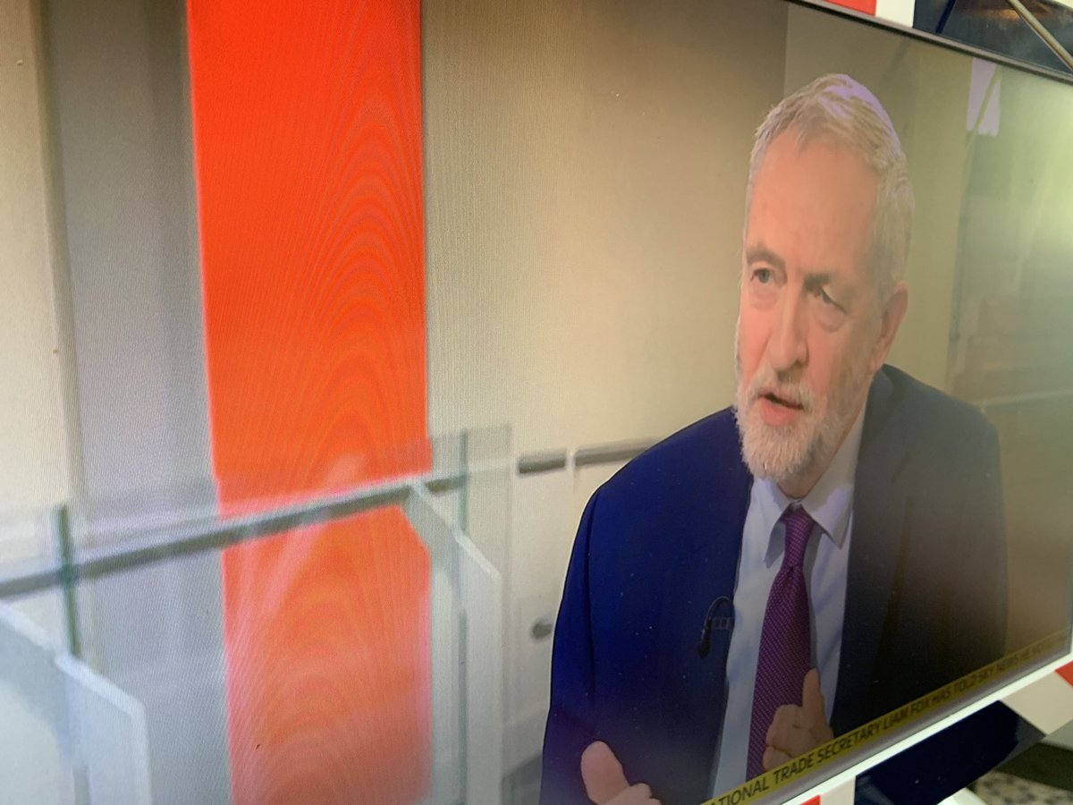 """NEW Lab leader @jeremycorbyn confirms to @skynews @SophyRidgeSky  Labour is in favour of Kyle-Wilson amendment   """"If the amendment is as I set out yes we will be supporting it""""...  """"We do support the principle"""" of a referendum   """"We would then favour a credible choice referendum"""""""
