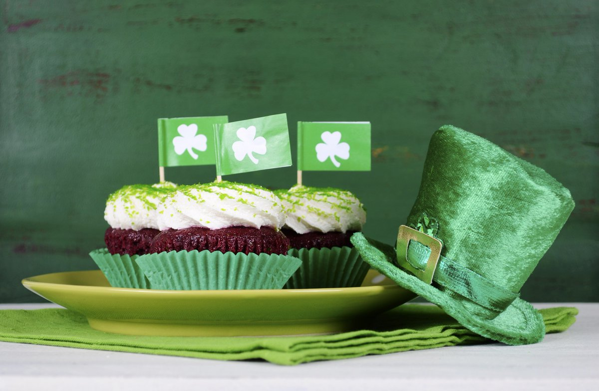 Happy St Patrick's Day everyone ☘️😁 Have a great day!  #stpatricksday #weekend #havefun #fun #tasty #yummy #muffin #muffins #muffintime #lucky #luckyme #matcha #greentea #baking #green #happy #loveit #best #sunday https://t.co/8FdMKTURrJ