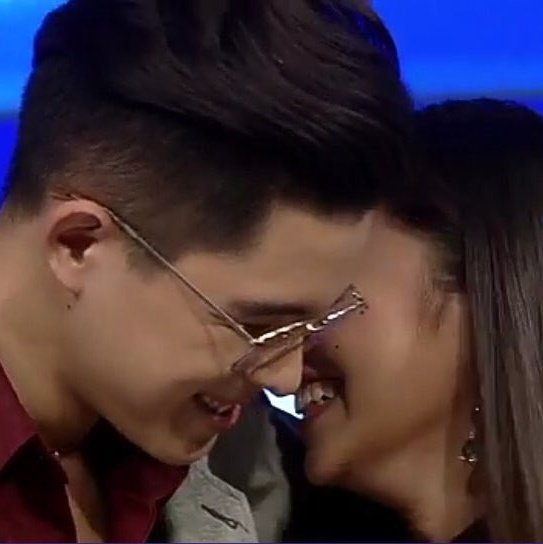 RT @Cath11373675: Few minutes left and we're gonna see them again! 😍😍😍  WansaKiligWithGIANSSY #WansaMCPalpak https://t.co/2wFUj7oE3l