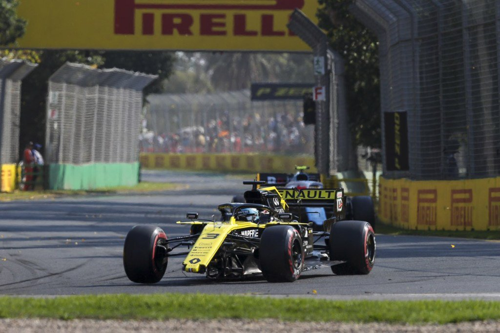 247F1's photo on Ricciardo