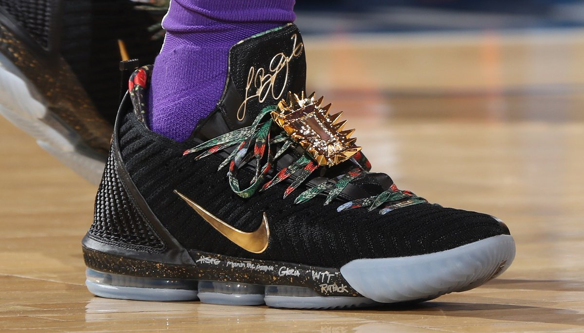 73919c4bdc26 kingjames playing in watch the throne nike lebron 16s at msg natlyphoto