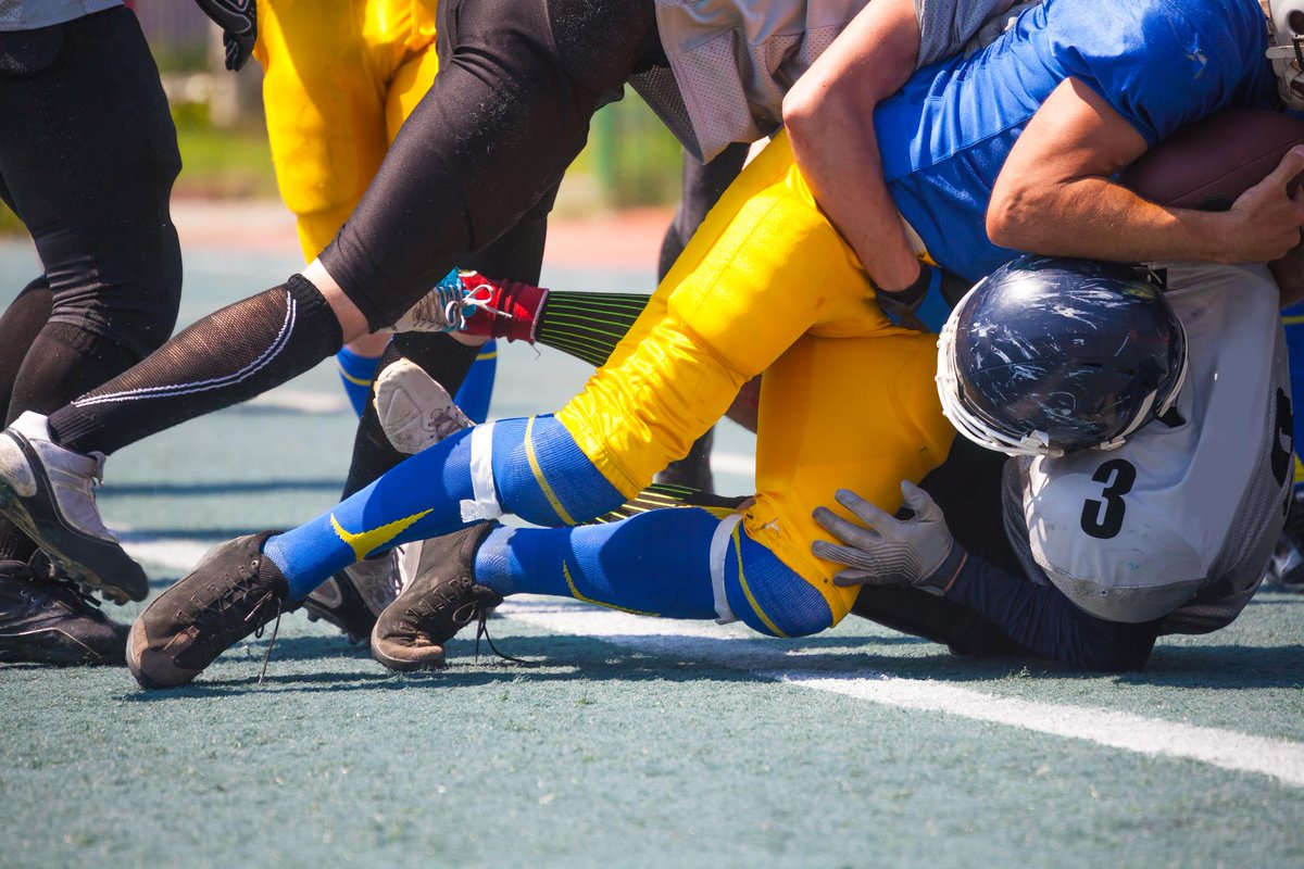 There's a lot going on at most sporting events, so tightly frame your photo to avoid distracting elements. #CanonTip