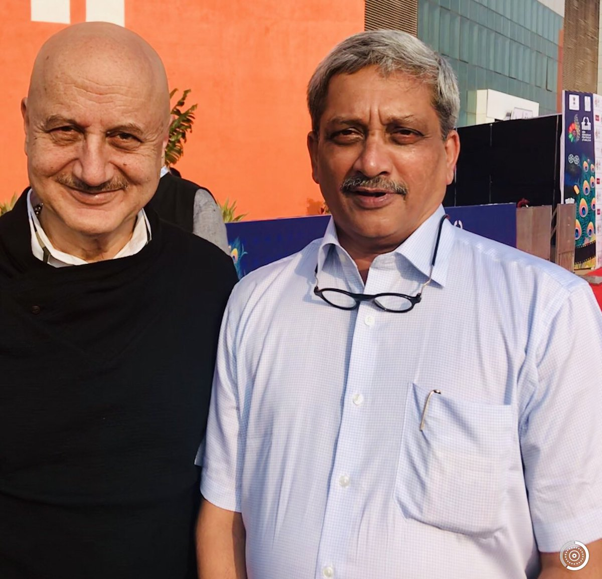 Deeply deeply saddened to know about the untimely demise of Shri #ManoharParrikar ji. He was one of the most real, dignified, intelligent, warm, down-to-earth & honest person I had met. He had a great quality of inspiring people so effortlessly. Will miss him. Om Shanti.🙏