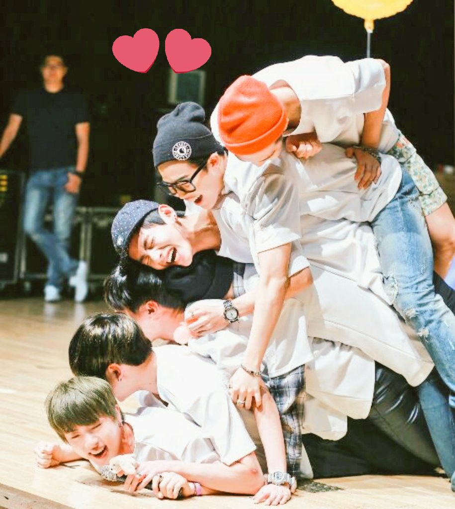 #BTSxSNL #BTSonSNL #BTS #TeamBTS  @BTS_twt  You&#39;re the best, the best will win always  And so you will WIN<br>http://pic.twitter.com/pKXubYdc3N