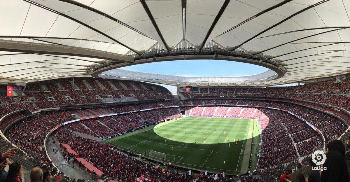 🙌 ¡HISTORIA! 🙌 🙌 ¡HISTORIA! 🙌 🙌 ¡HISTORIA! 🙌  🏟 ¡ 60.739 espectadores en el Wanda @Metropolitano para ver el #AtletiBarça! 💥  🔝 ¡Récord mundial de asistencia a un partido femenino de clubes! 😍🤩  #HablamosDeLoMismo #LigaIberdrola
