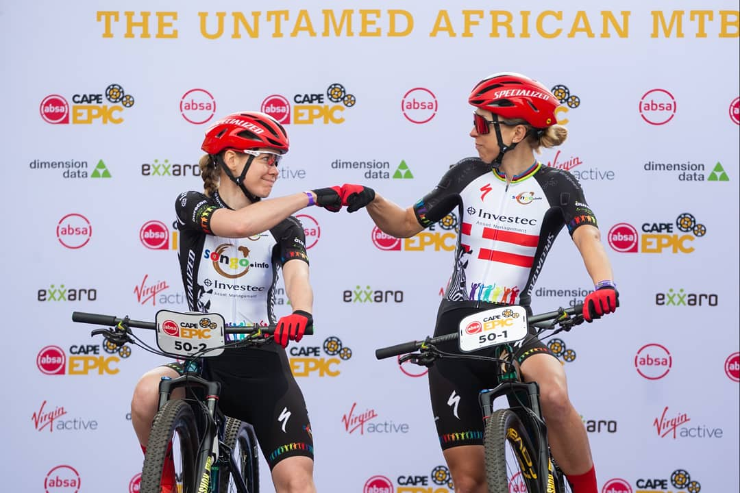 Boy, did I get to blow away the cobwebs! Was so cool to ride with @AnnavdBreggen today. Couldn' t have hoped for a better start to @CapeEpic  📷@m_cerveny