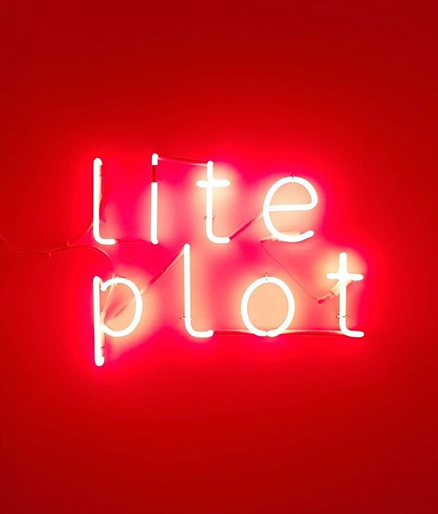#ArthurDuff #LitePlot at #SettimaOnda in #Padua #neon #NeonLight #ContemporaryArt https://t.co/Y5Vq3714ge