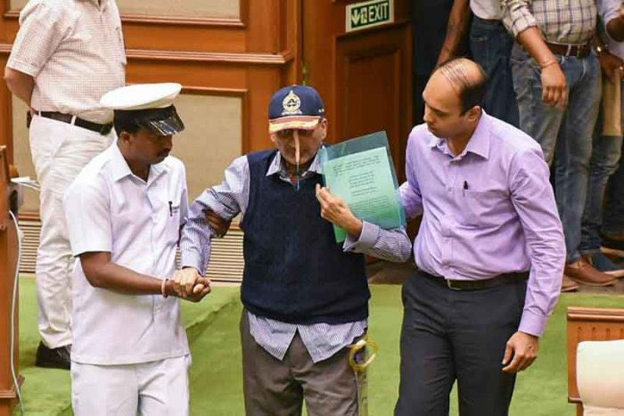 Parrikar ji has shown the entire nation how a BJP Karyakarta, even during his toughest time, is committed to the philosophy of Nation First, Party Next and Self Last.   He will always be remembered for his contributions as India's Defence Minister and as CM of Goa.