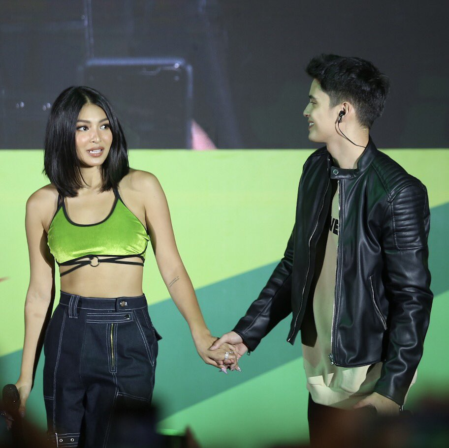 Who else had lots of fun on #DewDay with James Reid (@tellemjaye) and Nadine Lustre (#NadineLustre)?  | : @Vyndication<br>http://pic.twitter.com/p94JzErdav
