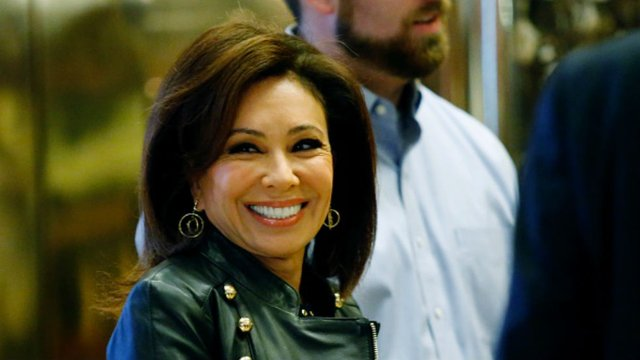 #BREAKING: Fox News suspended Jeanine Pirro over comments about Ilhan Omar's hijab: report https://t.co/qhMUdyvtWD https://t.co/wzwPm7dfz4