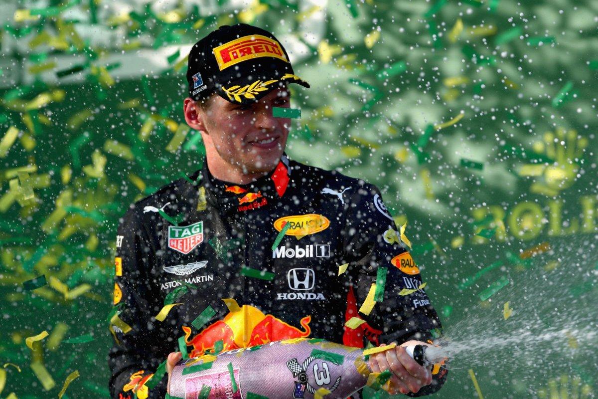 🏁 Vivo F1's photo on #Verstappen