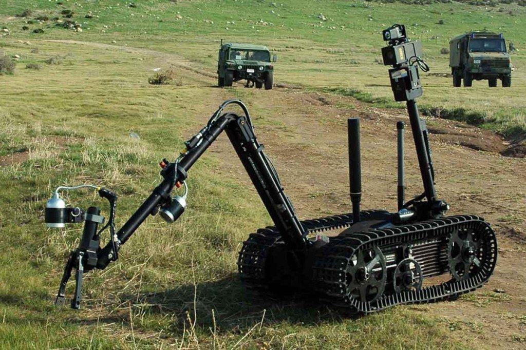شركة QinetiQ North America تفوز بعقد (CRS (I التابع للجيش الأمريكي للروبوتات الأرضية الصغيرة. D14McnIW0AMaMbu