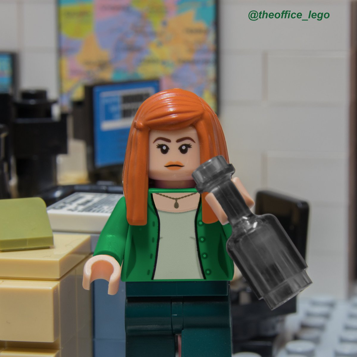 Happy St. Patrick's Day!!   Don't do anything LEGO Meredith wouldn't do   @KateFlannery<br>http://pic.twitter.com/7bvxaofMPv