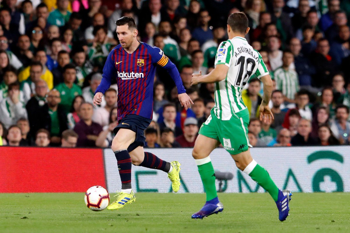 FC Barcelona's photo on Pau López