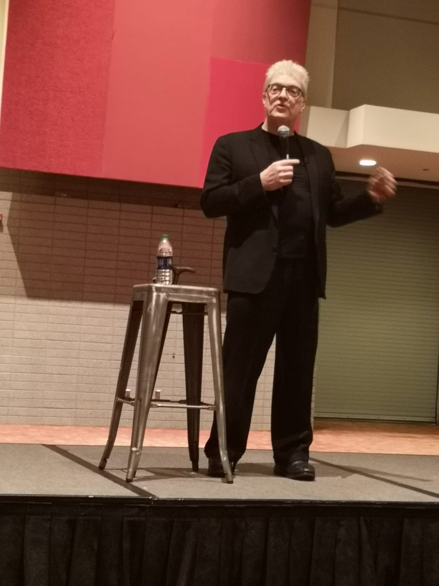 Thank you @SirKenRobinson for the absolutely amazing talk at @ASCD 2019!! And congratulations on the upcoming Nelson Mandela Award!