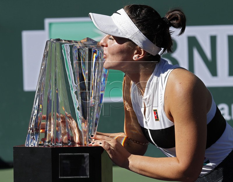 10sBalls's photo on #tennis