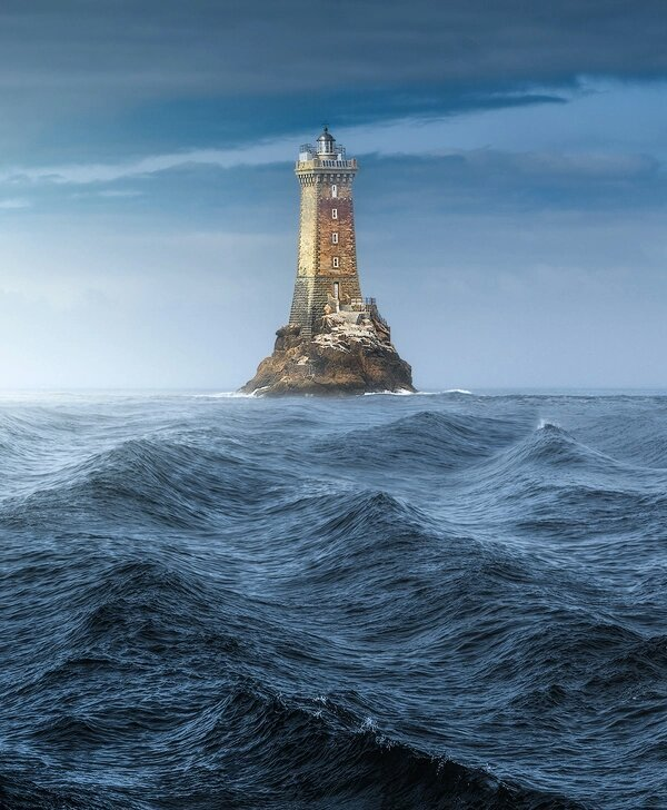 The Lighthouse will guide you Photo by Lorenzo Nadalini <br>http://pic.twitter.com/PeujfEJfhL