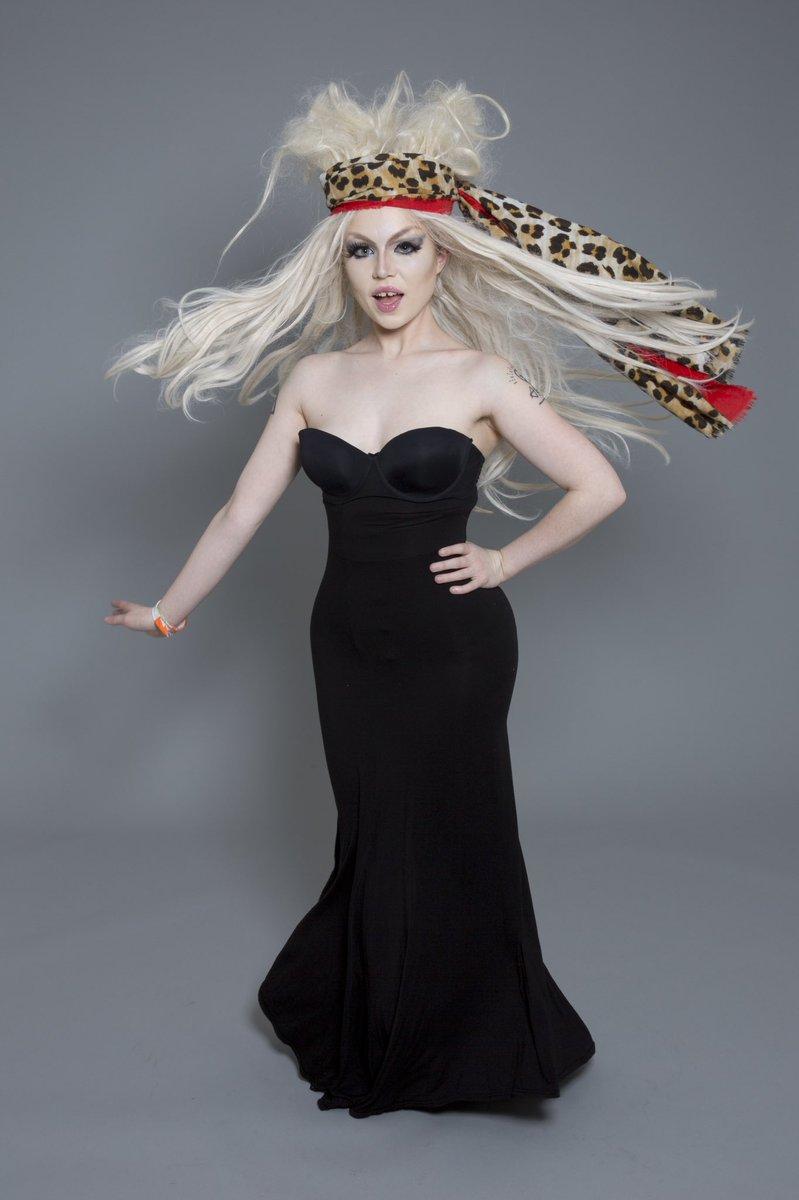 Drag Queen Florida 500 #nonbinary #lgbtq #drag #dragact #dragqueen #wig #animalprint #tribute #tributeact #blondbombshell #lbd #makeup #bond #blondwig #hourglass