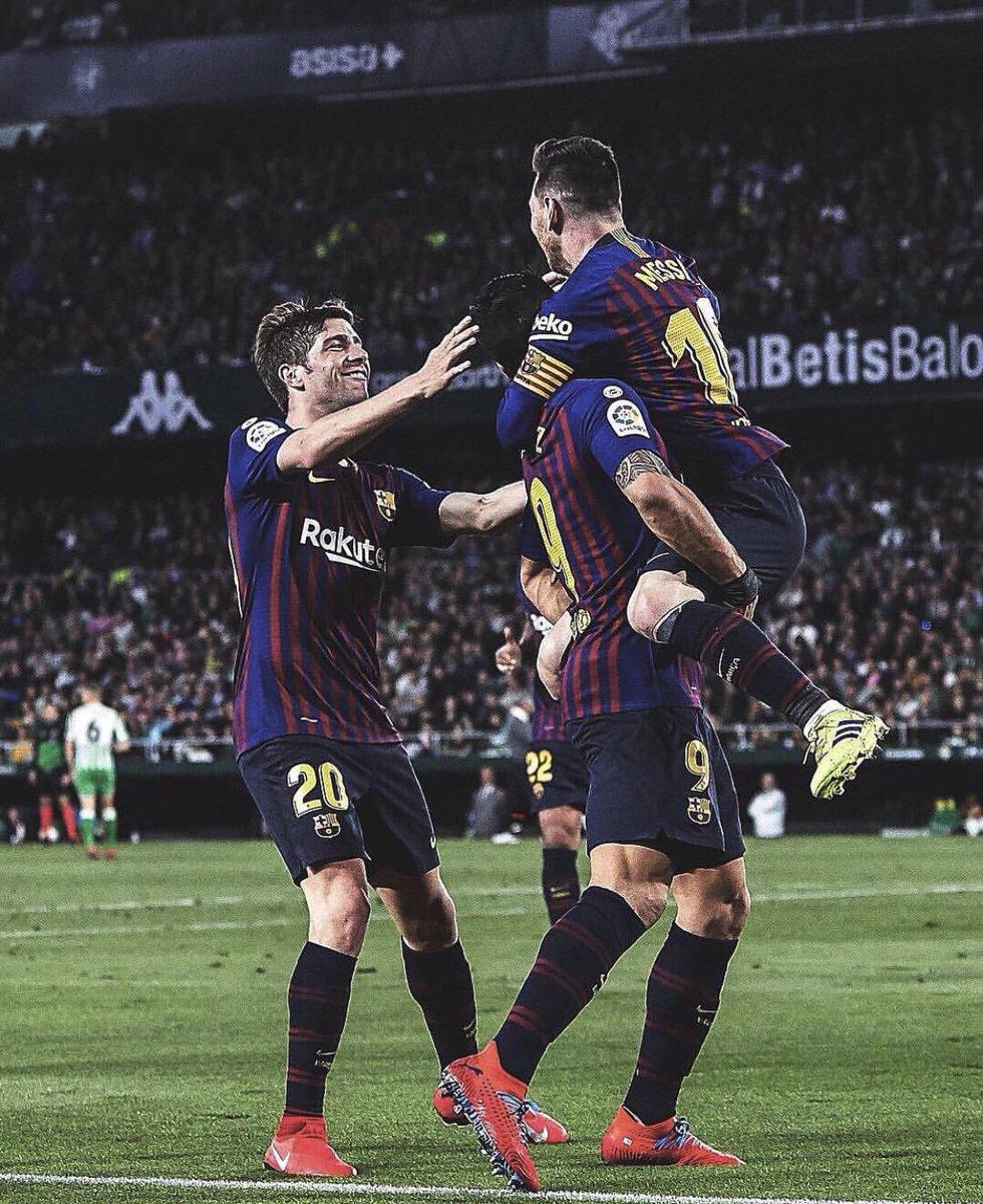 Partidazo equipo!! 3 puntos muy importantes! Enhorabuena Leo por tu increíble hat trick!! Seguimos!!!  Força Barça !! 🔵🔴