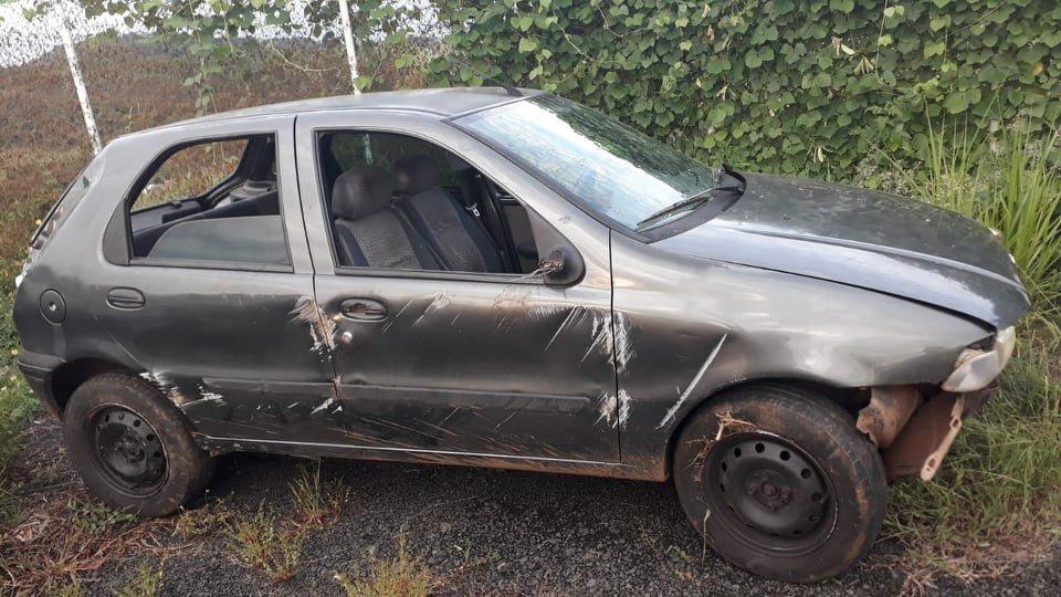 Acidente entre Santo Antônio e Ribeirão do Pinhal #acidente #Palio #PR-439 #RibeirãodoPinhal https://t.co/BtGo70utKv https://t.co/Qm7R6hLrJJ