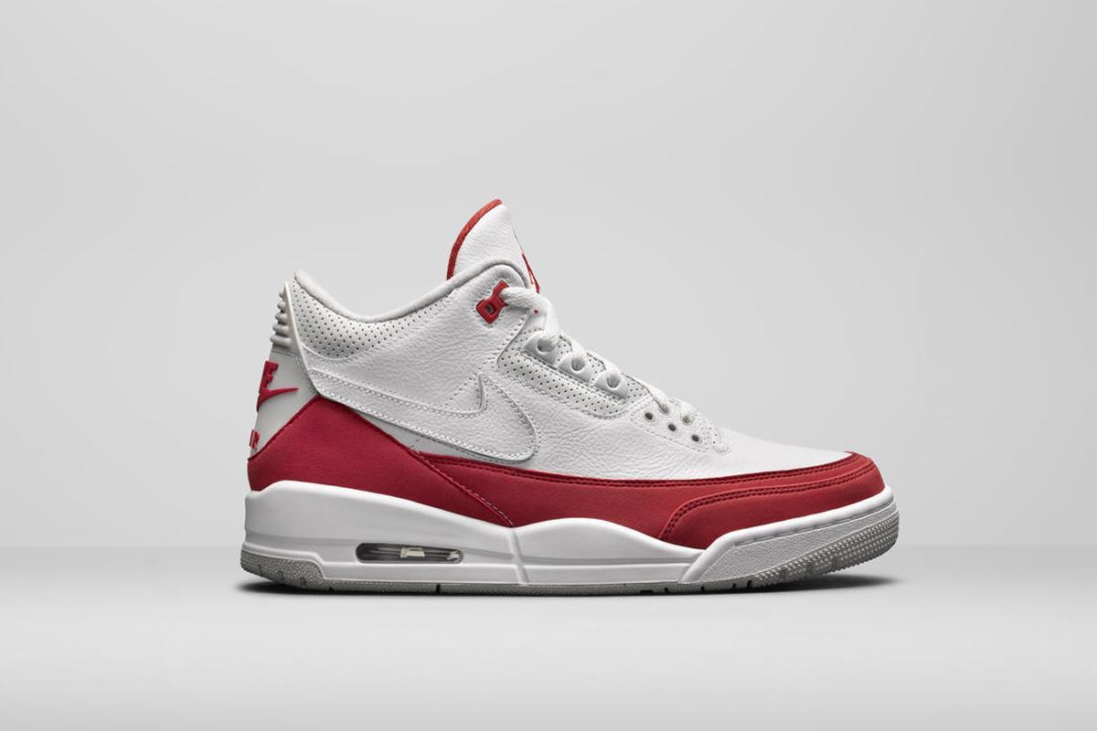 89ea810ba44f5 the air max 1 air jordan 3 tinker comes with 4 removable swooshes