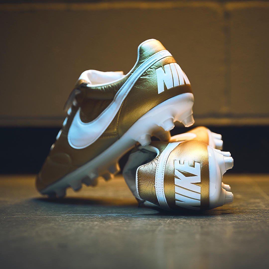 8f7e7e4f5ee The streets are paved with Gold. - The new Nike Premier honours the legend  that is  10Ronaldinho Exclusively available now at  ProDirect ...