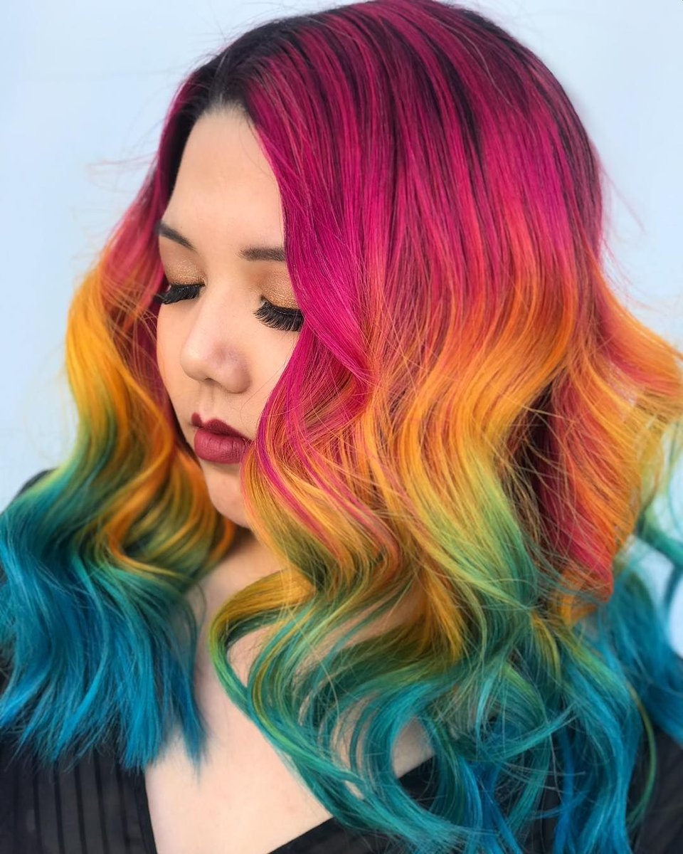 Here's a bit of colour for a bright start your week. IG @taylorrae_hair https://buff.ly/2XZ2qSL #hair #haircolor #salon 😍 👌 💋