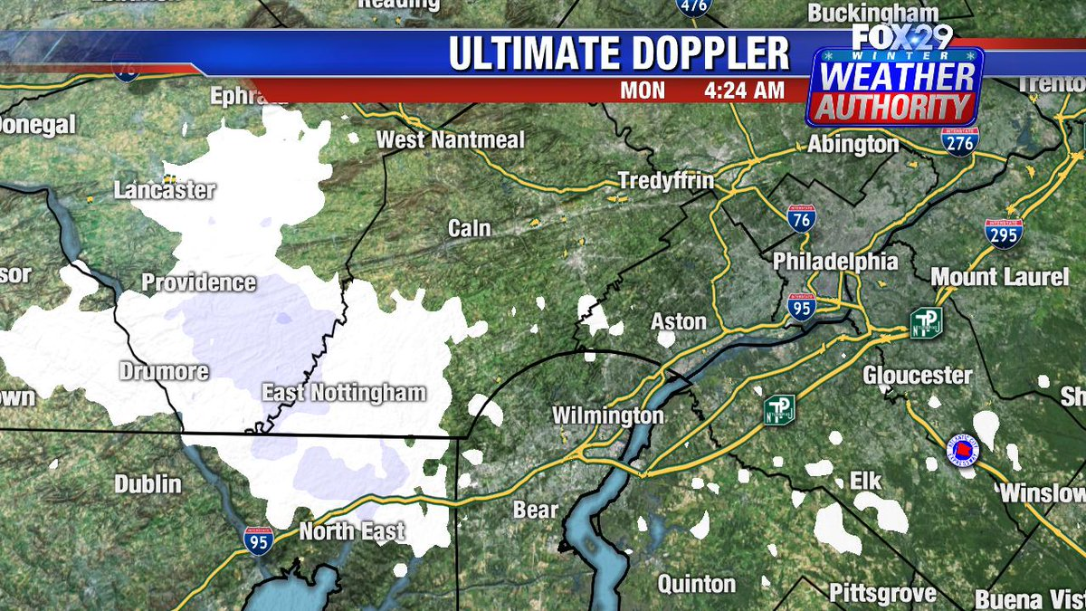 Live look #UltimateDoppler a few #snowflakes in parts of #Lancaster #Chester county early this Monday morning @Fox29philly #Fox29GoodDay <br>http://pic.twitter.com/S0nbfq176Q