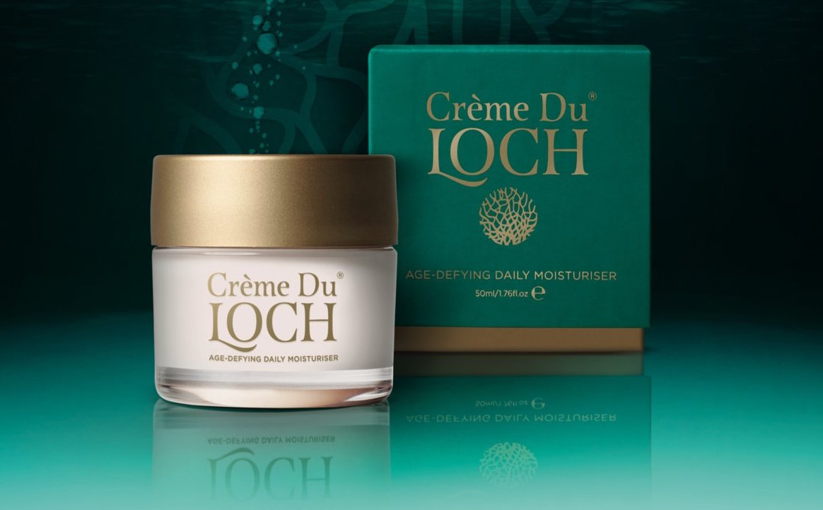 COMPETITION! To celebrate the launch of our new Creme, we are offering one lucky winner a Crème Du Loch - Age-Defying Daily Moisturiser. RRP £49  Simply: 1) follow 2) RT  3) Tag a friend (optional)   Best of luck; ends 27th March.  #Competition #CompetitionTime #winner #skincare<br>http://pic.twitter.com/yrRFOigaXJ