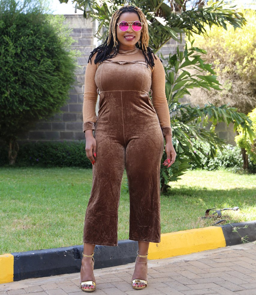 I bring you the HOTTEST Radio show in Kenyan Radio 12-3pm!  @radiomaisha #mwendenclemmokonnect #QueenOftheAirwaves